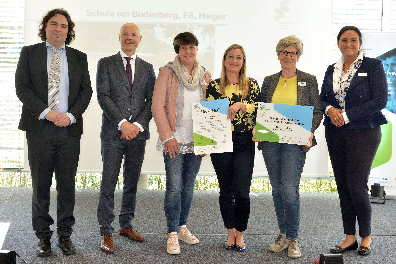 Auszeichnung für vorbildliche Berufsorientierung an der Schule am Budenberg