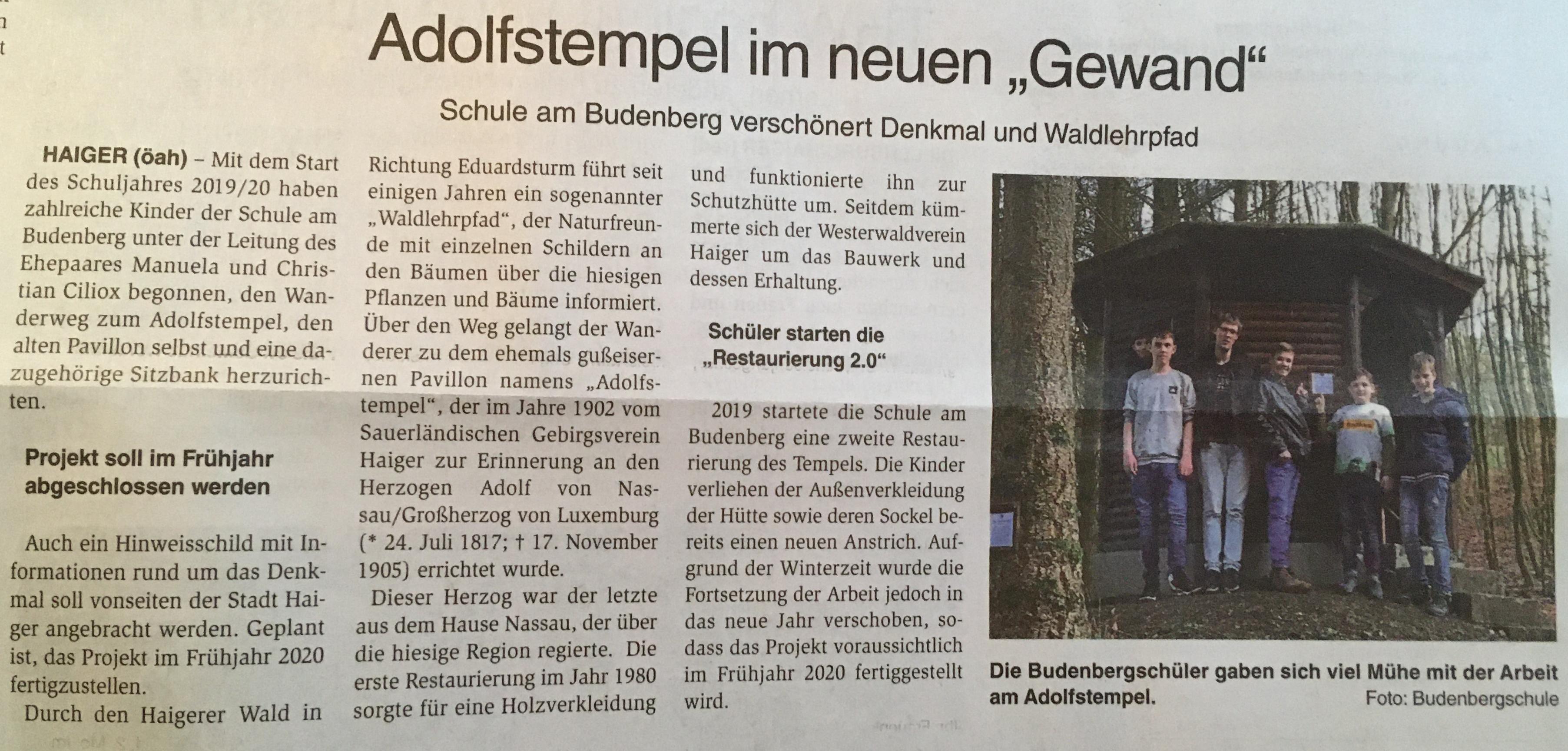 Schülerinnen und Schüler der Budenbergschule verschönern das Denkmal und den Waldlehrpfad.